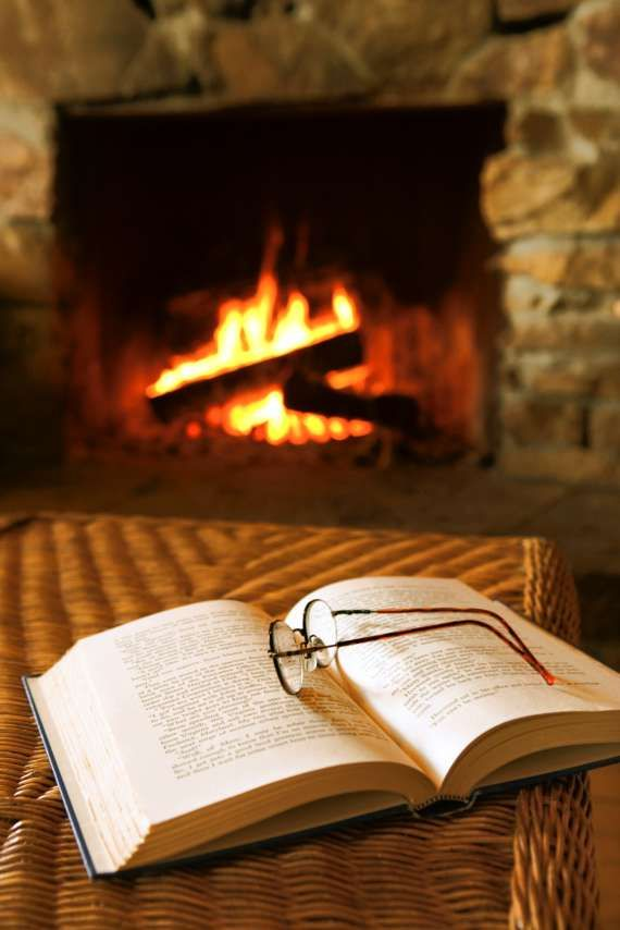 cosy reading fire islande 3